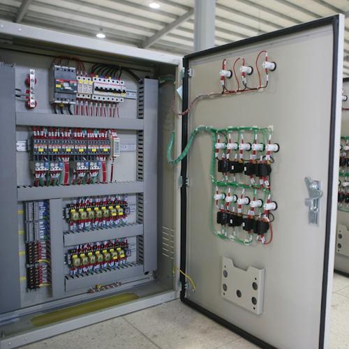 lưu ý khi thi công và sử dụng tủ điện điều khiển